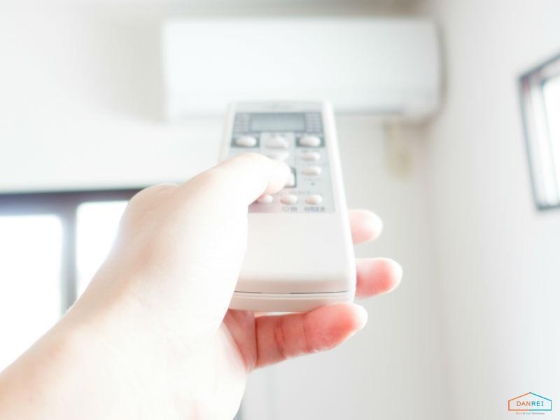 エアコンの設定温度とリモコン